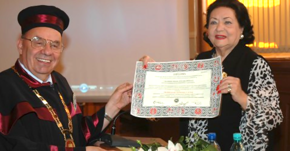 Virginia Zeani  in Romania May 2011 accepting Honorary Doctorate in Cluj University