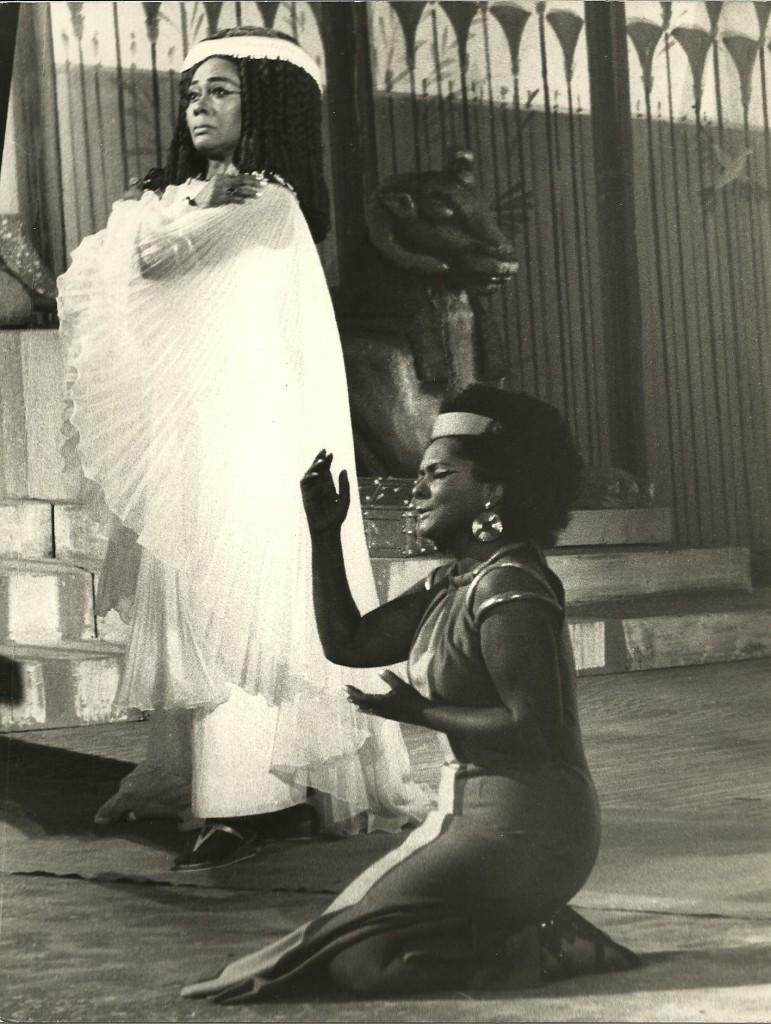 Aida with Shirley Verrett as Amneris