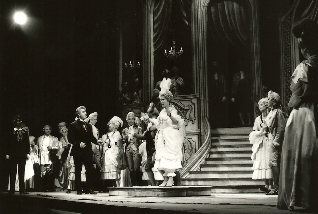 Olympia in TheTales of Hoffmann with Nicola Rossi Lemeni