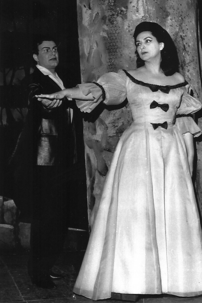 Zeani as Elvira in I Puritani